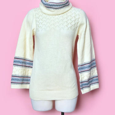 70's Turtleneck Sweater SOFT Boho, Pullover Knit, 1970's top, shirt, long sleeves, flared Bell sleeve cuff, Vintage Hippie Sweater by Boutique369