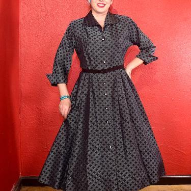 1950s Taffeta Shirtwaist Fit & Flare Dress Large by THEGIRLCANTHELPITUSA
