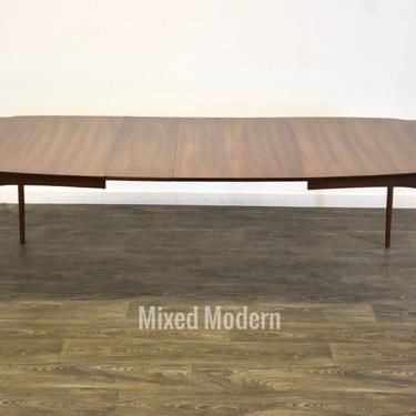 Extendable Walnut Mid Century Modern Dining Table by mixedmodern1