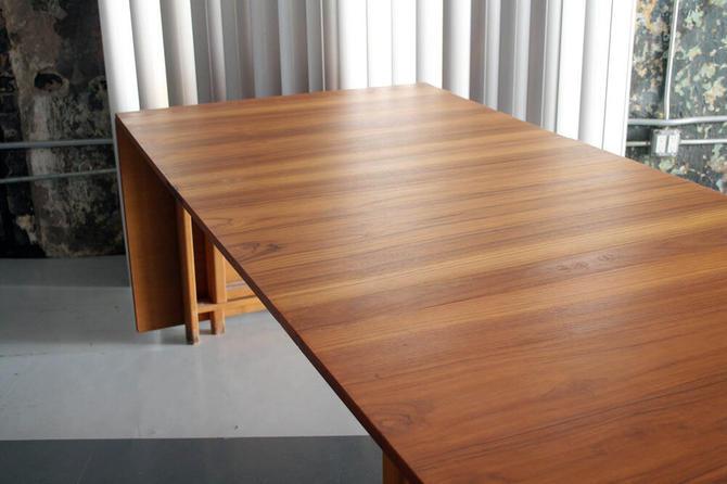 Expandable Danish Teak Drop Leaf Table