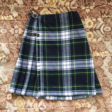 f57b42b31c Plaid patterns and style from vintage, locally designed and unique ...