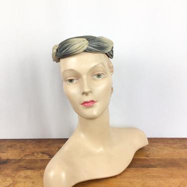 Vintage 50s hat | Vintage grey ombré fascinator hat  | 1950s Schiaparelli millinery by BeeandMason