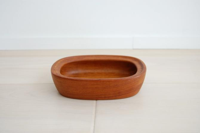 Danish Modern Richard Nissen Solid Teak Oval Bowl Made in Denmark by MidCentury55