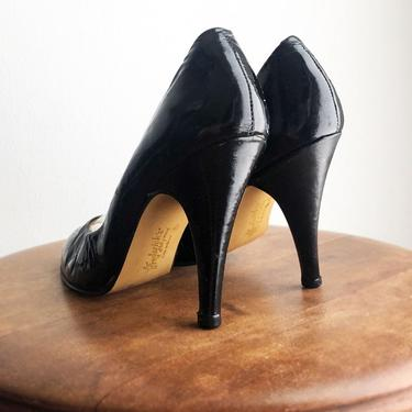 Real Patent Leather, Vintage Baby doll Fetish Heels, Frederick's Of Hollywood, High heels, Black Leather, Round Toe Pumps 1970's Bettie Page by Boutique369