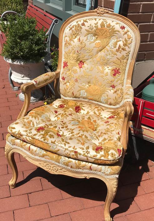 French sitting chair by StylishPatina