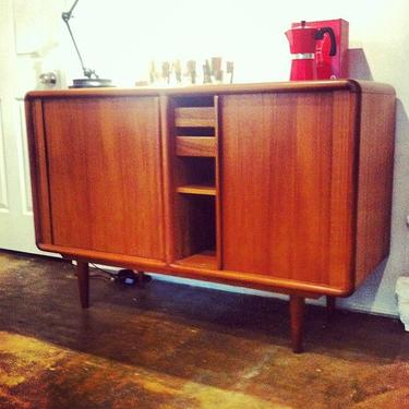 Gorgeous vintage classic MCM Danish cabinet with to-die-for tambour doors.