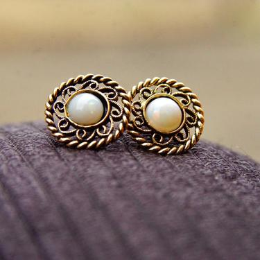 Vintage 14K Gold Filigree Opal Stud Earrings, Ornate Woven Gold Disc, White Iridescent Opal Stones, Antique Gold Stud Earrings, 11mm by shopGoodsVintage