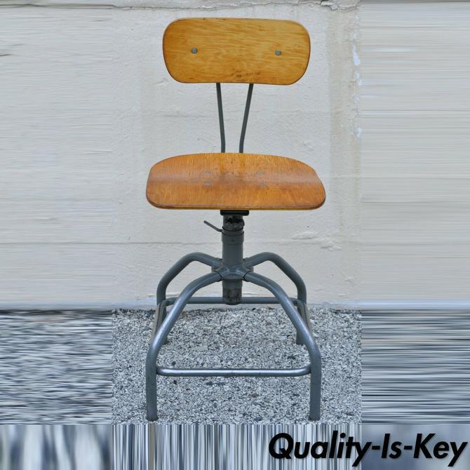Vintage Mid Century Adjustable Industrial Drafting Stool Artist Work Chair