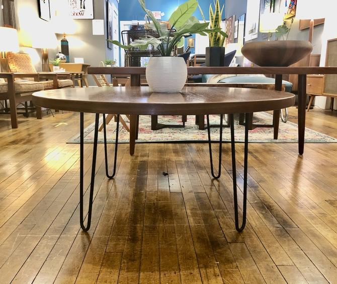 Vintage Round Coffee Table w\/ Herman Miller Top and Hairpins