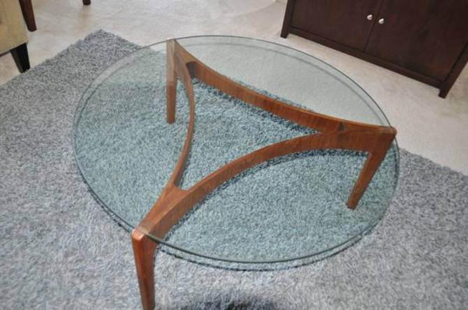 Danish Scandinavian Coffee Table By Sven Ellekaer for Christian Linneberg by DanishGarage