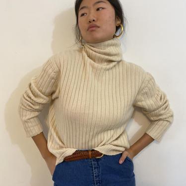 90s cashmere turtleneck sweater / vintage creamy white cashmere ribbed knit relaxed turtleneck sweater   L by RecapVintageStudio