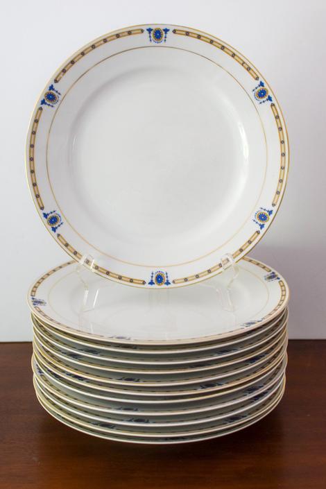 Set of 12 Vintage Noritake Beverly Pattern Dinner Plates by CapitolVintageCharm