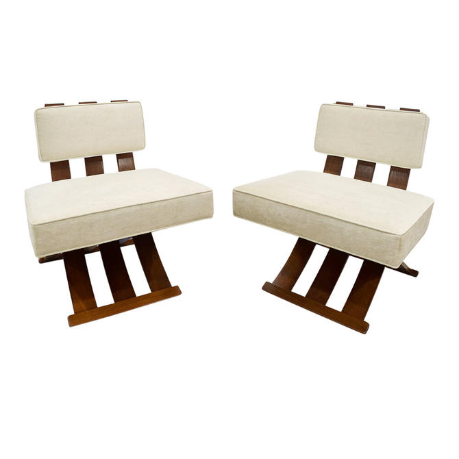 Harvey Probber Elegant Pair Of Campaign Style Lounge Chairs 1950s