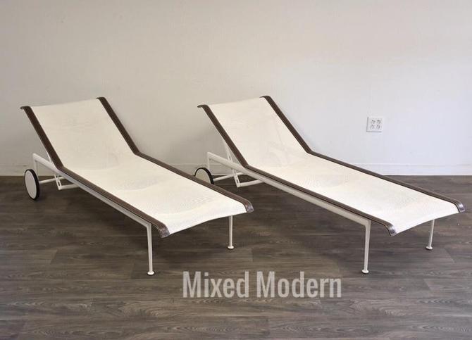 Richard Shultz Knoll Patio Chaise Lounge Chairs- a Pair by mixedmodern1