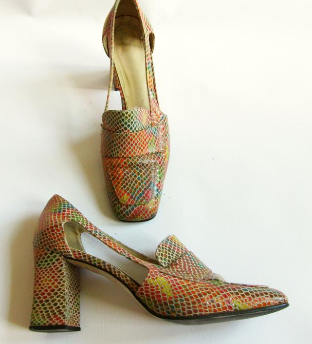 ea32be30932 1960s Shoes / 60s Square Toe Pumps in Faux Snakeskin / Rainbow Snake  Textured Shoes with Chunky High Heels by RareJuleVintage
