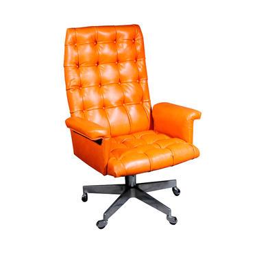1960's Vintage Swiss De Sede DS 35 Executive Swivel Armchair