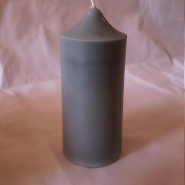 Bay Pillar Candle by SkiinTones