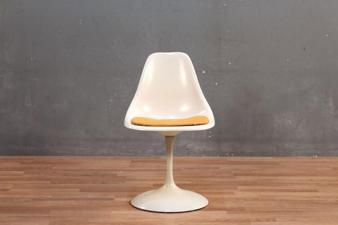 Mid Century Creamsicle Fiberglass & Metal Tulip Side Chair – ONLINE ONLY
