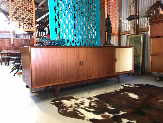 """Mid Century Danish Modern Arne Vodder Sibast Teak Console Credenza Stereo 84"""" Free Continental US Shipping! by ModernFlamingo"""