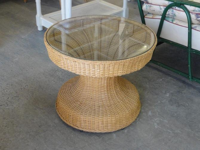 Island Modern Woven Rattan Round Side Table