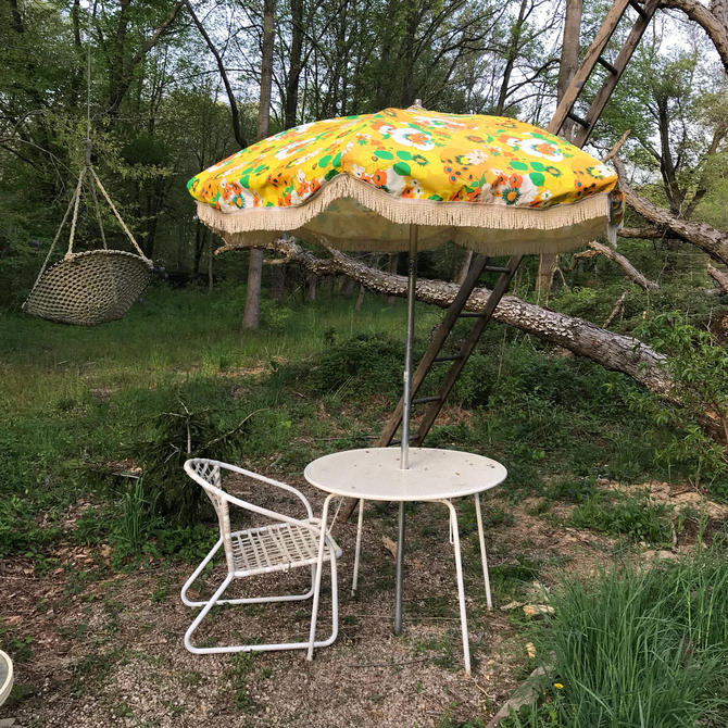 Vintage Patio Umbrella Fringe Flowers Retro Pool Furniture