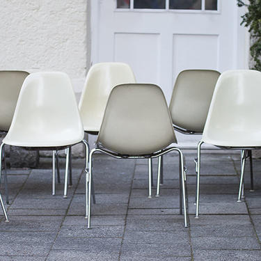 Set of 6 Vintage 1960s Eames for Herman Miller DSS Shell Dinning Chairs Stackable by GoodWilson