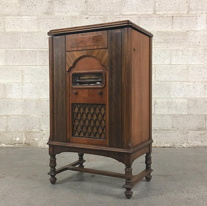 LOCAL PICKUP ONLY ————— Antique Rca Victor Phonograph Cabinet by RetrospectVintage215