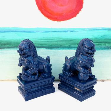 Vintage Cobalt/Navy Blue Foo Dogs - A Pair   Guardian Shishi Lion Figurines   Chinoiserie Protection Statues   Fu Dog Bookends by ELECTRICmarigold