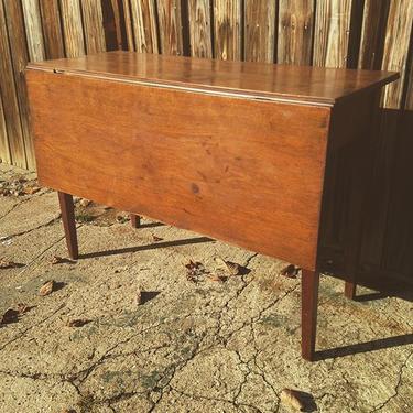 Breakfast table, single drop leaf #vintage #petworth