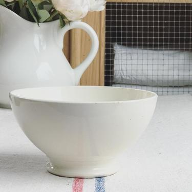 Beautiful rare finds but vintage ironstone Dutch bowl by Grainsacfrenchvintag