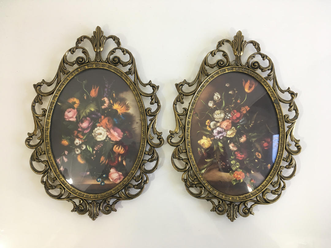 Vintage Oval Bubble Framed Flowers Ornate Metal Frames