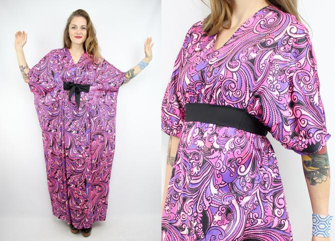 Vintage 70\'s Purple Swirly Caftan Dress / 1970\'s Caftan MUUMUU /  Psychedelic / Women\'s Free Size Small Medium Large XL Plus Size by  RubyThreadsVintage