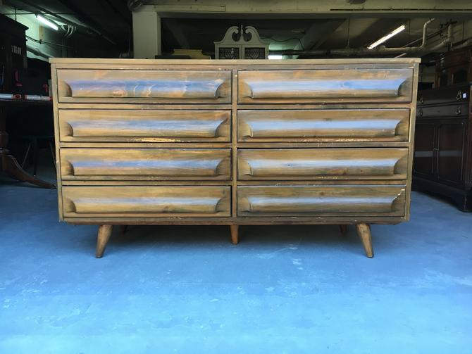Customizable MCM Dresser with 8 drawers