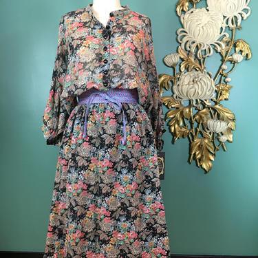 1970s blouson dress, black floral dress, vintage 70s dress, strait lane, medium large, batwing dress, flower print cotton, bohemian dress by BlackLabelVintageWA