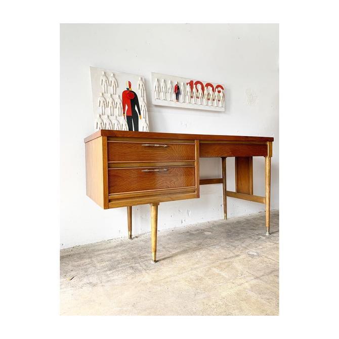 Mid Century Modern Desk by United by FlipAtik