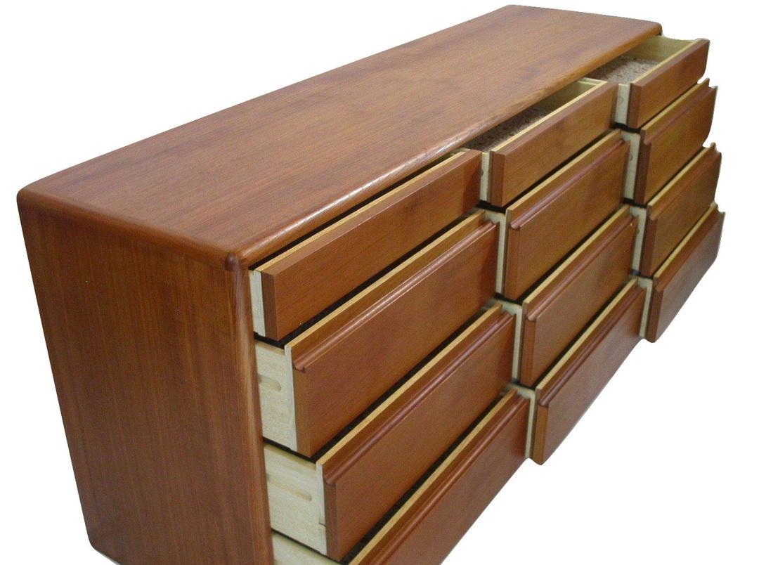 Danish Modern Teak 12 Drawer Bedroom Dresser Credenza