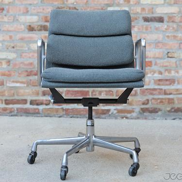 vintage management chair from the Eames Soft Pad line—an extension of the Aluminum Group by Charles and Ray Eames by jeglova