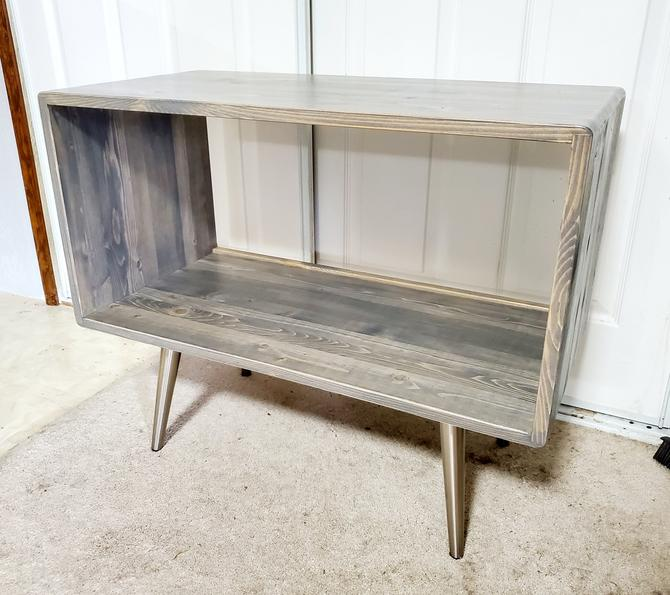 Modern Rustic Record Player Stand 90 days by OrWaDesigns