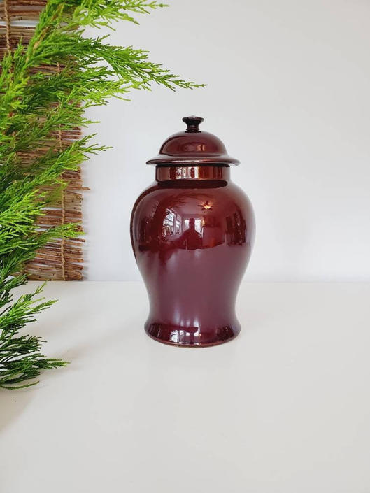 Gorgeous Vintage Deep Burgandy Chinoiserie Ginger Jar by pennyportland