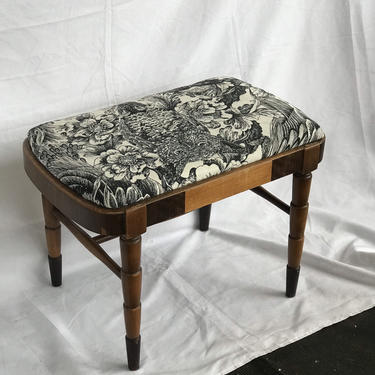 Free and Insured Shipping Within US - Vintage Upholstered Piano Bench or Accent Stool Chair Seat by BigWhaleConsignment