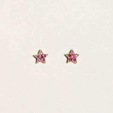 EK10. Star Studs ruby