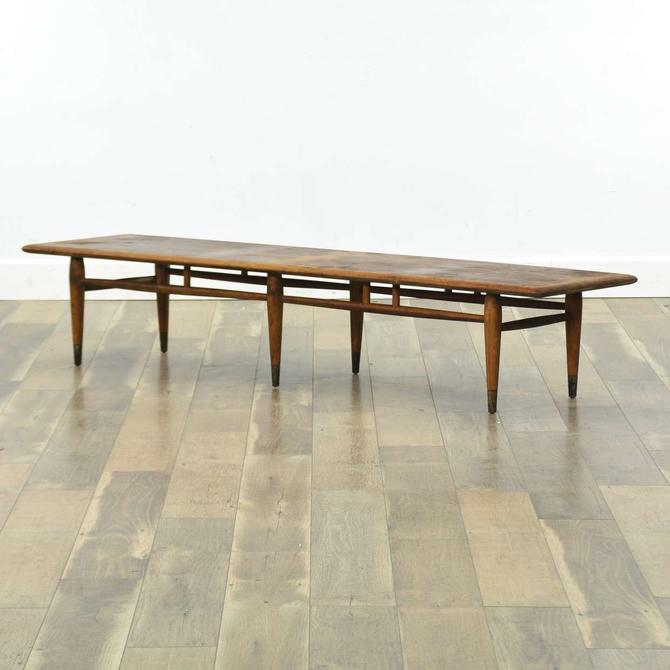Lane Acclaim Mid Century Modern Dovetail Coffee Table