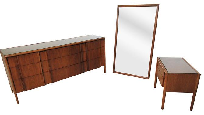 Mid Century Bedroom Set by Barney Flagg for Drexel by SputnikFurnitureLLC