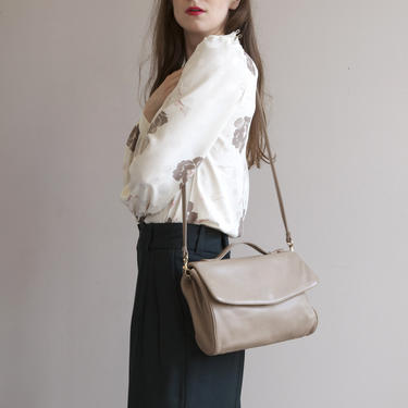 taupe leather shoulder bag with handle by EELT
