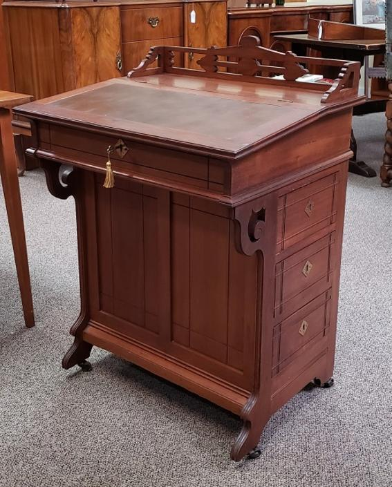 "Item #DM36 Victorian Mahogany ""Davenport"" Desk w/ Drawers c.1900"