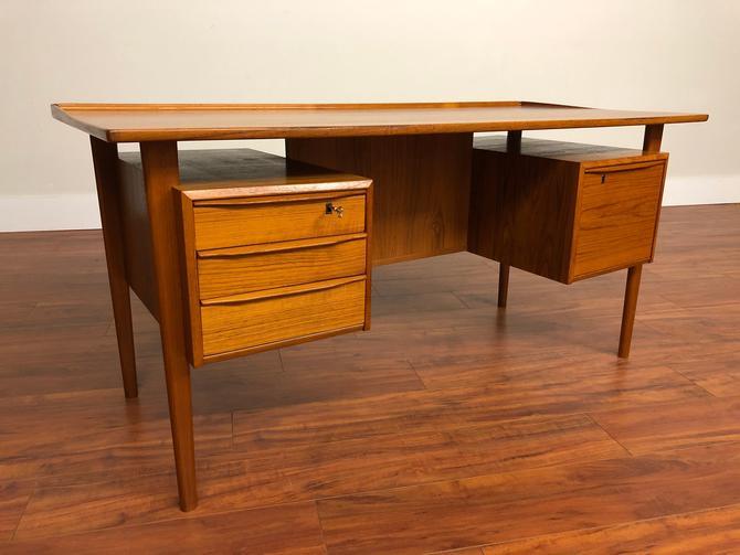 Peter Lovig Nielsen Vintage Teak Desk by Vintagefurnitureetc