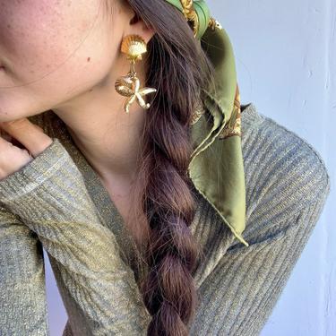 90's Gold Starfish & Shell Dangly Earrings by VintageRosemond
