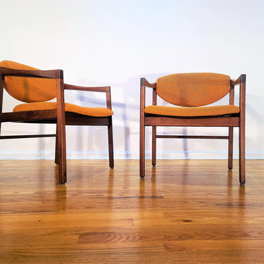 Mid Century Pair of Sculpted Lounge Chairs by ProRefineFurnishings
