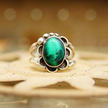 Vintage Hammered Sterling Silver Malachite Ring, Native American Style, Floral Setting, Oxidized Silver, Dark Green Gemstone, Size 7 1/2 US by shopGoodsVintage