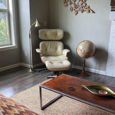 Mid Century Lounge Chair Eames Style by DesertCactusVintage
